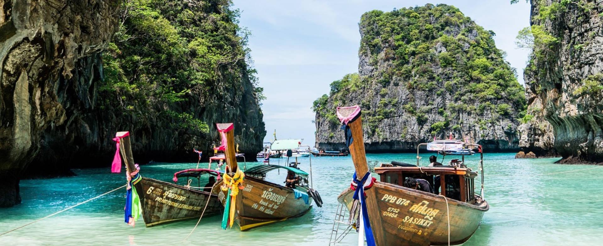 Asien Thailand Tehighland Bangkok Bang Monument Valley die reise reisen bielefeld reisebuero Wellnessreisen Familienreisen Kreuzfahrten Lastminute Mietwagen Lastminute